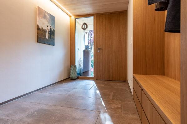 Fliesen Jams - Eingangsbereich, Haustüre, Garderobe, braune Fliesen