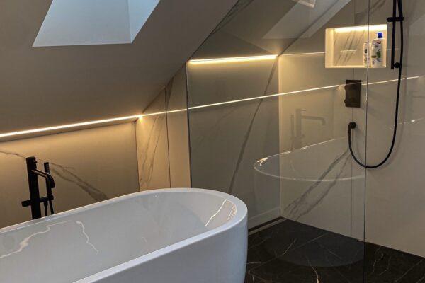 Fliesen Jams - Keramik, Modernes Badezimmer, Badewanne, Ebenerdige Dusche